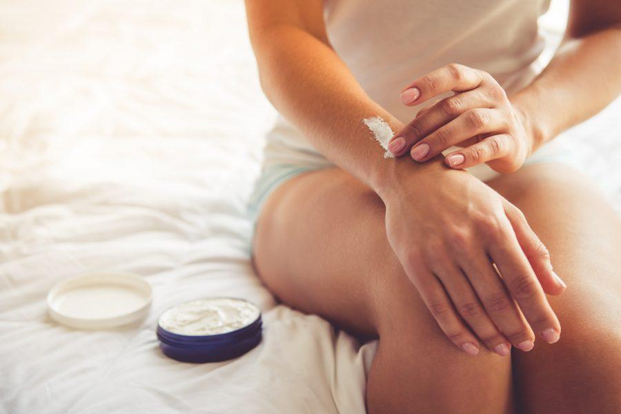 Podrażniona skóra dłoni intensywną dezynfekcją – jak ją zregenerować?