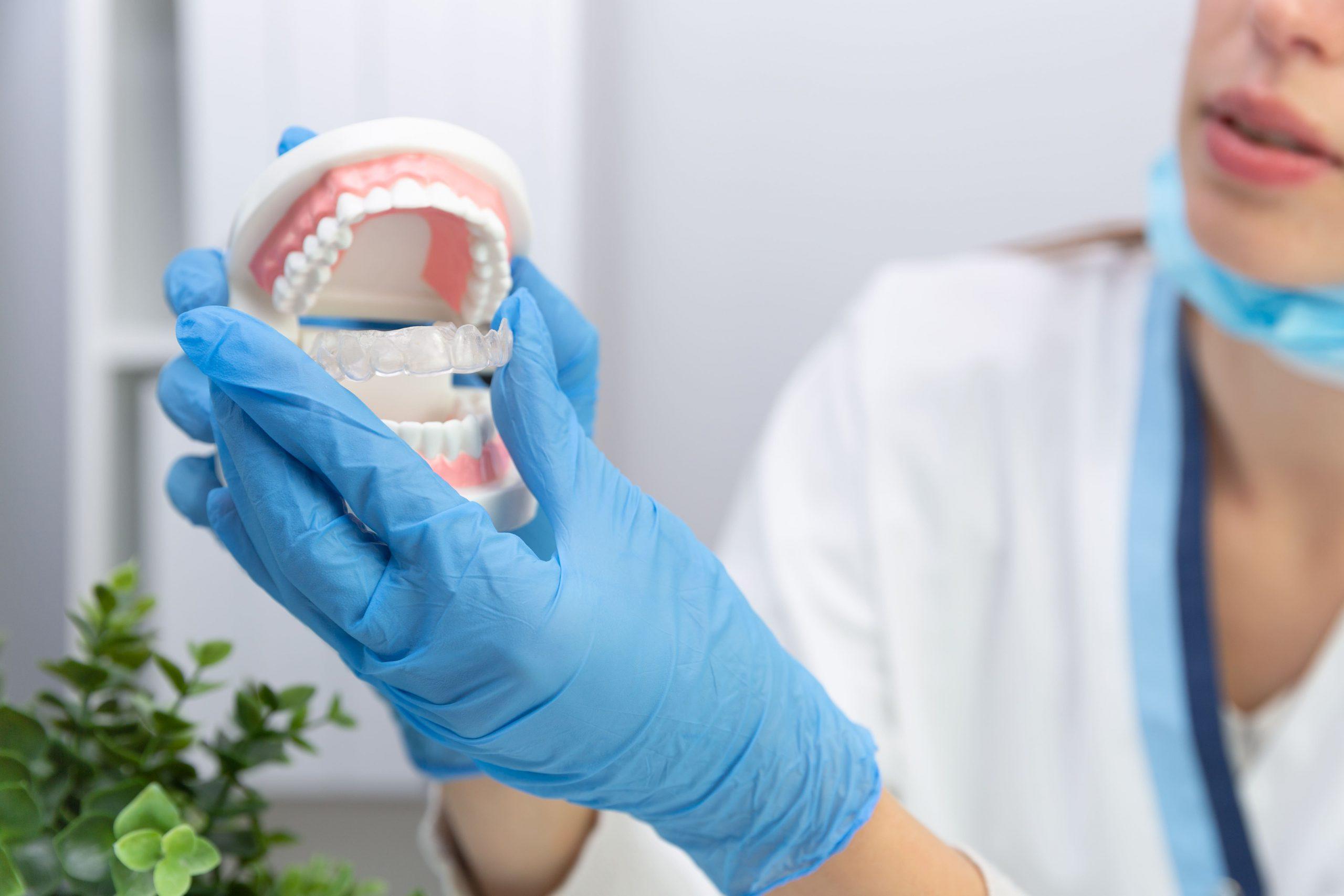 Współzależność stomatologii i estetyki twarzy w utrzymaniu młodego wyglądu
