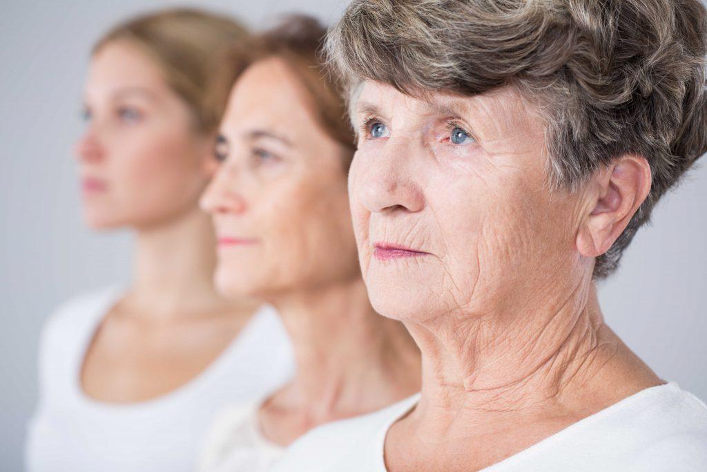 """alt=""""mitochondrialne starzenie się skóry"""""""