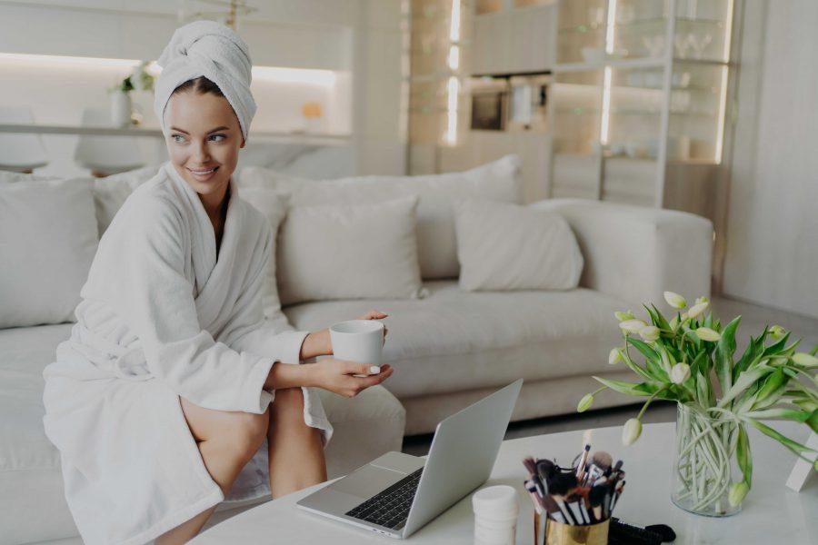 Wpływ mediów społecznościowych na trendy w kosmetyce